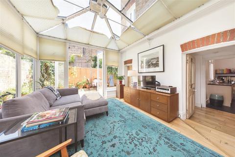 2 bedroom flat to rent - Longbeach Road, SW11