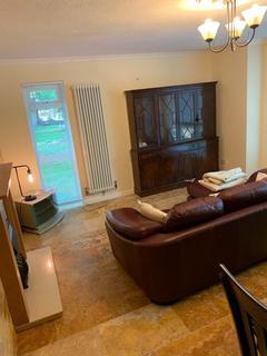 2 bedroom apartment to rent - summerfield court, edgbaston, Birmingham B15