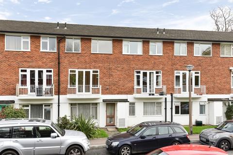 2 bedroom maisonette to rent - Abbey Park Beckenham BR3
