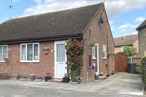2 bedroom semi-detached bungalow for sale - Debenham