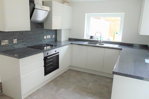2 bedroom terraced house to rent - NELSON AVENUE , NORTH END  PO2
