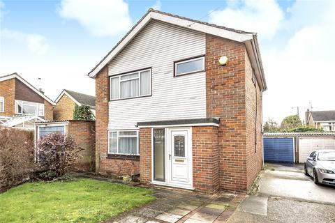 3 bedroom detached house for sale - Broadacre Close, Ickenham, Uxbridge, Middlesex, UB10