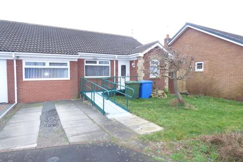 2 bedroom semi-detached house for sale - Blagdon Drive , South Beach, Blyth, Northumberland, NE24 3NA