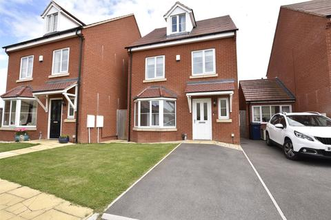 4 bedroom detached house for sale - New Dawn Close, Bishops Cleeve, Cheltenham, GL52