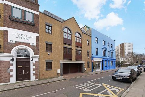 3 bedroom house to rent - Three Colt Street, Limehouse, London, E14