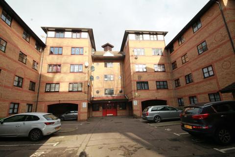 1 bedroom flat for sale - Somerset Gardens, London, N17 8JF