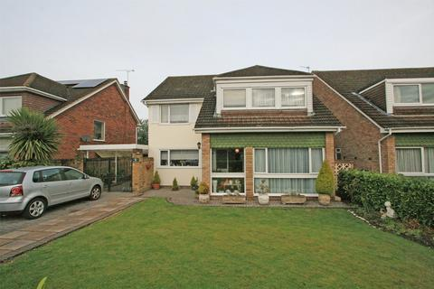 4 bedroom detached house for sale - Aycliffe Close, Bickley, Kent