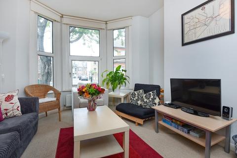 2 bedroom flat to rent - Glenelg Road Brixton SW2