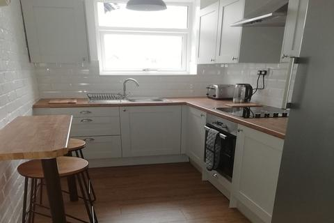 6 bedroom house share to rent - Park View, Windermere