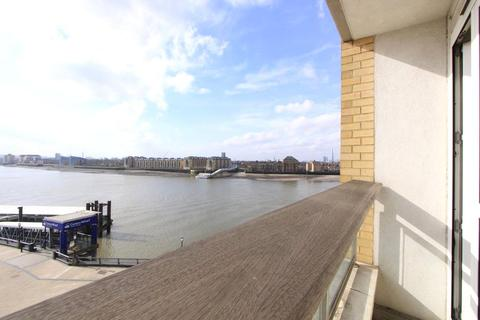 2 bedroom apartment to rent - Hanover House, Westferry Circus, London, E14