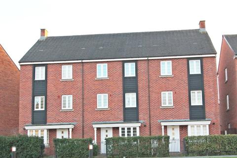 4 bedroom townhouse to rent - Pinehurst Walk, Chapleford, Warrington