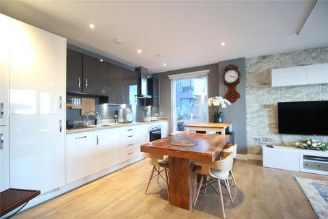 2 bedroom flat to rent - Reminder Lane, London