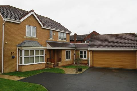 4 bedroom detached house to rent - Wyndley Close, Four Oaks