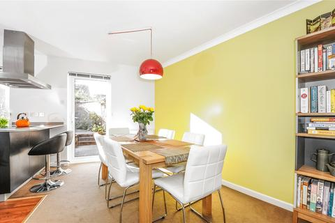 2 bedroom house to rent - Bay Tree Close, Iffley Village, Iffley, Oxford, OX4