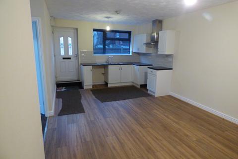 2 bedroom ground floor flat to rent - Cannock Road, Chadsmoor