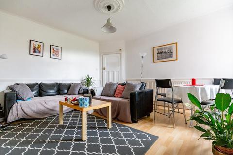 2 bedroom ground floor flat to rent - Danby Gardens, Heaton, NE6