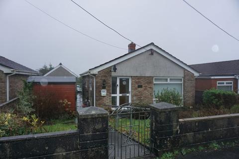 2 bedroom detached bungalow for sale - Grove Hill Park, Gorslas
