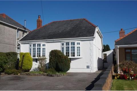 2 bedroom detached bungalow for sale - Llannon Road, Upper Tumble