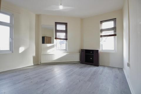2 bedroom apartment to rent - Erconwald Street, London