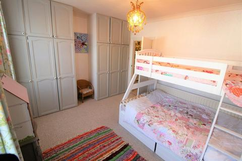 1 bedroom flat share to rent - Fairfield Road, West Drayton