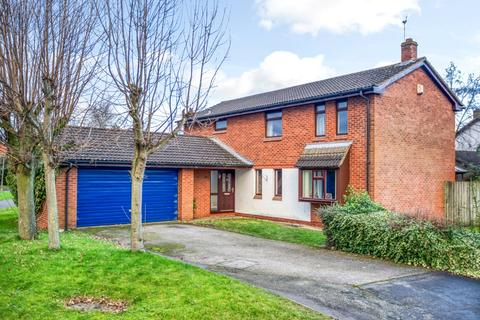 4 bedroom detached house for sale - Dodleston, Chester, Cheshire