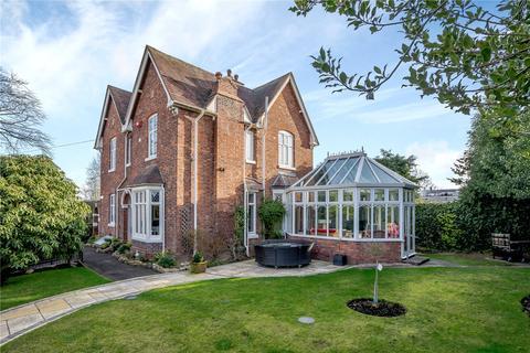 4 bedroom detached house for sale - Copthorne Road, Shrewsbury