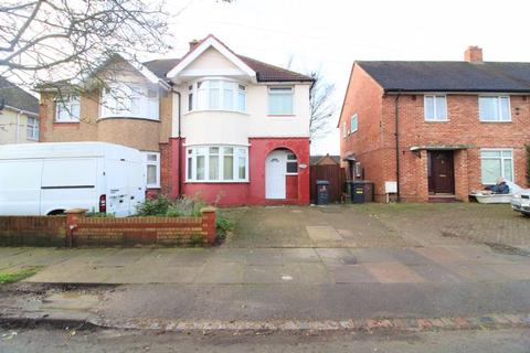 3 bedroom semi-detached house to rent - Stanford Road, Luton