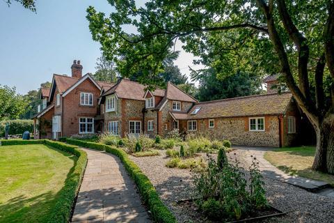 6 bedroom detached house for sale - The Street, Albury, Guildford, Surrey, GU5