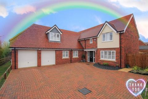 5 bedroom detached house for sale - Aston Clinton