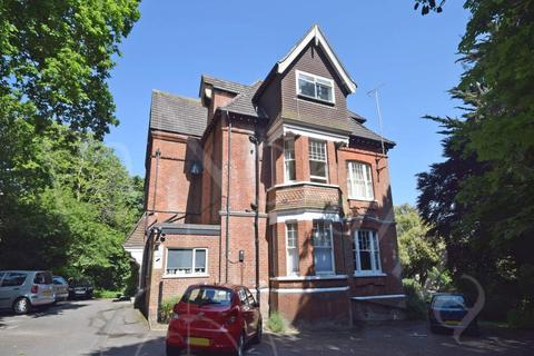 Studio to rent - Manor Road, , Bournemouth
