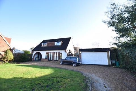 4 bedroom detached house for sale - Hunters Ridge, Caddington