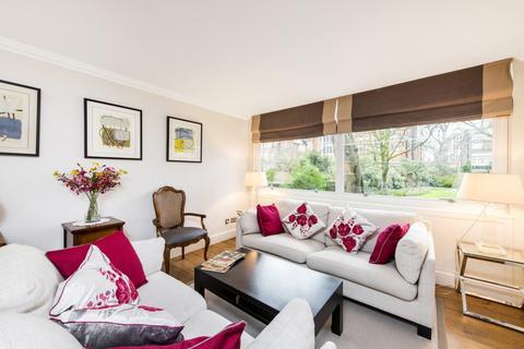 3 bedroom apartment for sale - Park Close, Holland Park