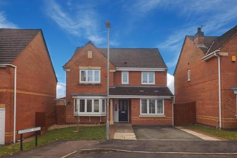 4 bedroom detached house for sale - Gainsmore Avenue, Norton Heights, Stoke-On-Trent