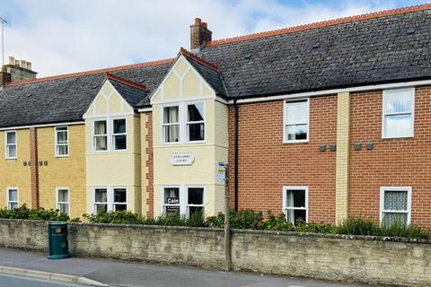 2 bedroom flat for sale - Victoria Road, Cirencester