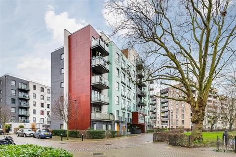 3 bedroom flat for sale - All Saints Road, London, W3