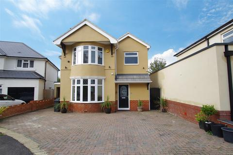 4 bedroom detached house to rent - Leamington Grove, Old Town, Swindon