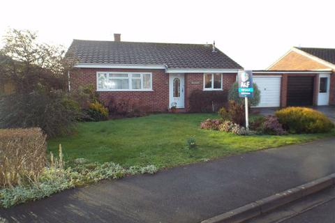 2 bedroom detached bungalow for sale - Creswick Way, Burnham On Sea, Somerset