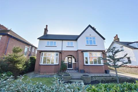 4 bedroom detached house for sale - Oxford Road, Lytham St Annes