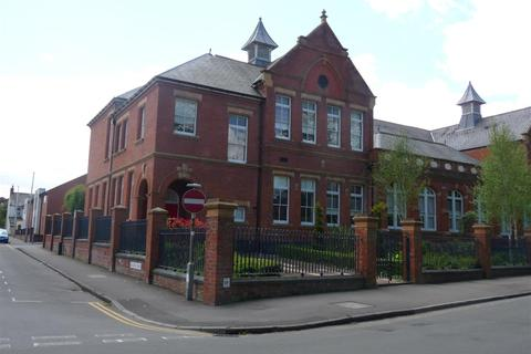 2 bedroom flat to rent - The Old School House, Euclid Street, Swindon