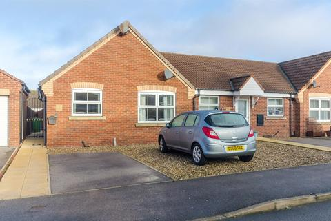 2 bedroom terraced bungalow for sale - The Glade, WITHERNSEA