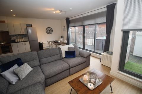 2 bedroom penthouse for sale - 20 Southern Street, Castlefield, Manchester, M3