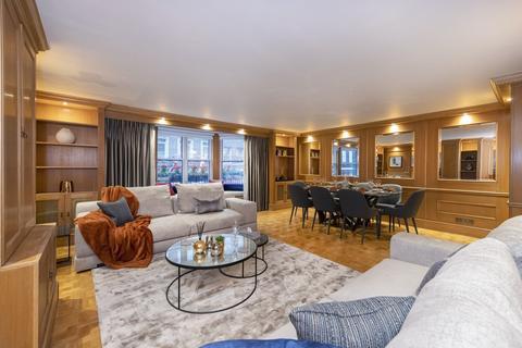 3 bedroom flat to rent - 15 Charles Street, London, W1J