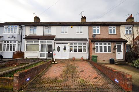 3 bedroom terraced house for sale - Northumberland Avenue, Hornchurch, Essex, RM11