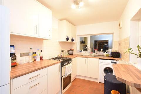 2 bedroom semi-detached house for sale - Cotleigh Road, ROMFORD, RM7 9AS