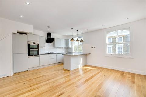 3 bedroom flat to rent - Oberstein Road, Battersea, London