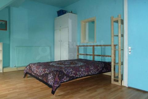 8 bedroom house share to rent - PENNY LANE