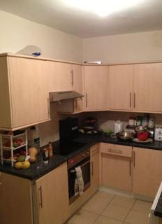 2 bedroom house share to rent - Halsbury Road