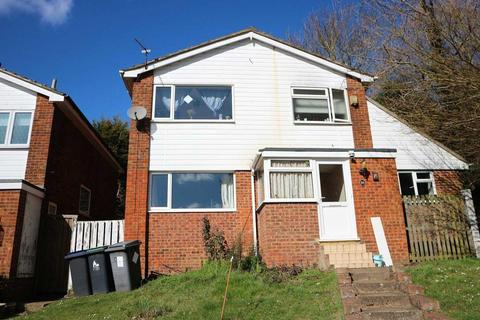 5 bedroom house share to rent - Bicknor Close