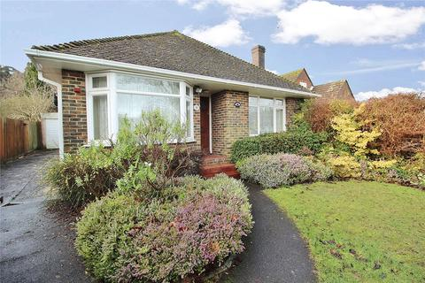 2 bedroom bungalow for sale - Vale Avenue, Worthing, West Sussex, BN14