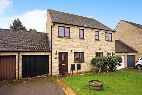2 bedroom end of terrace house for sale - Stow Avenue, Witney, Oxfordshire, OX28